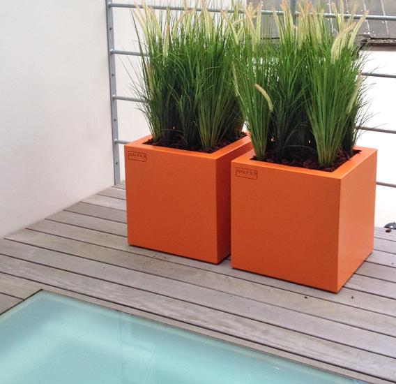 WALFiLii-producten-design-ronde-plantenbak-kopen-staal-op-maat-tuin-terras-24