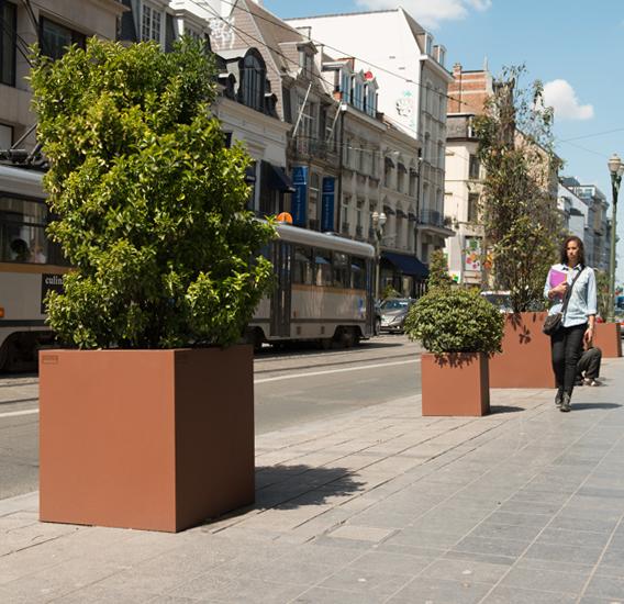 WALFiLii-producten-design-ronde-plantenbak-kopen-staal-op-maat-tuin-terras-27