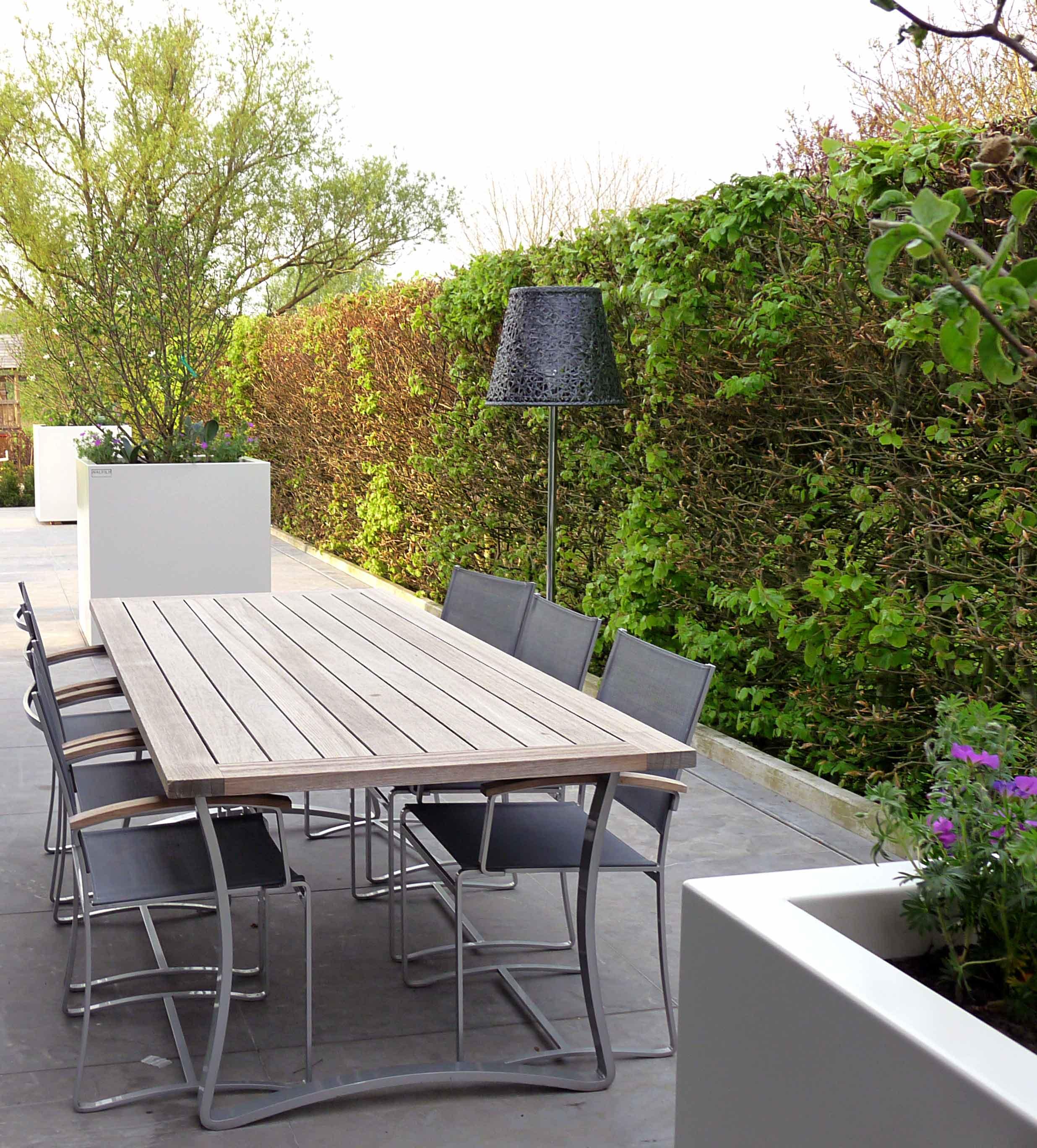 walfilii-realisaties-terras-plantenbakken-staal-design-1