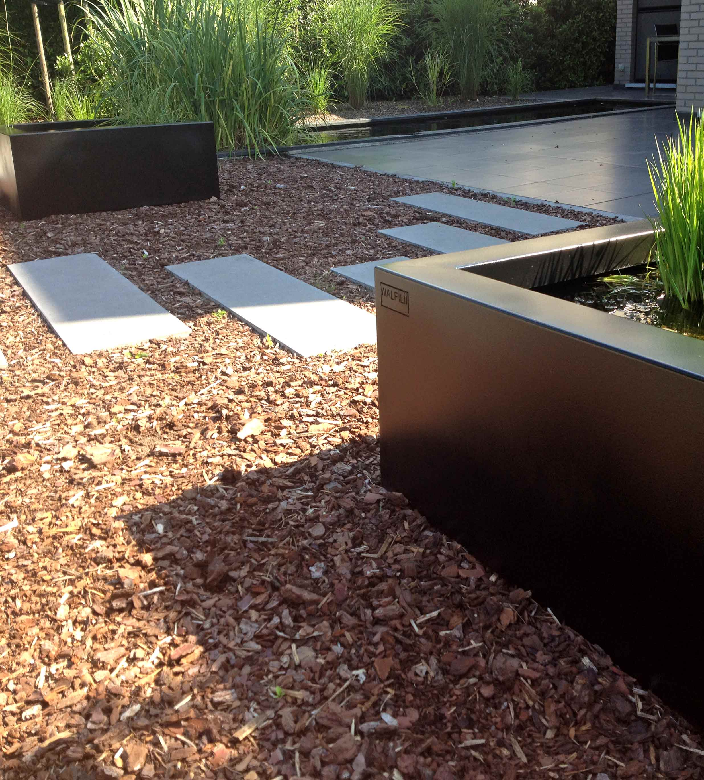 walfilii-realisaties-tuin-waterelement-waterbak-fontijn-design-4